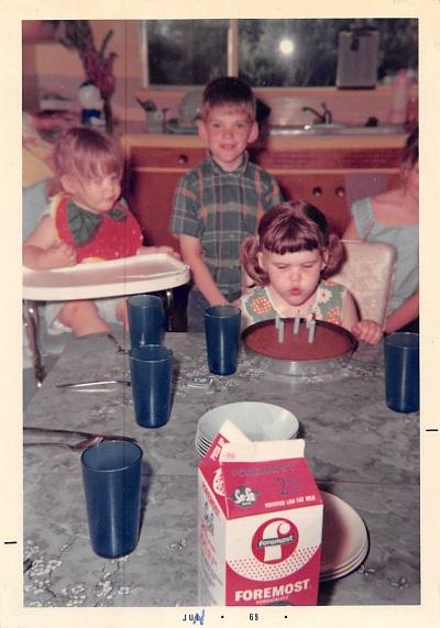 1969_05 Gingerbread