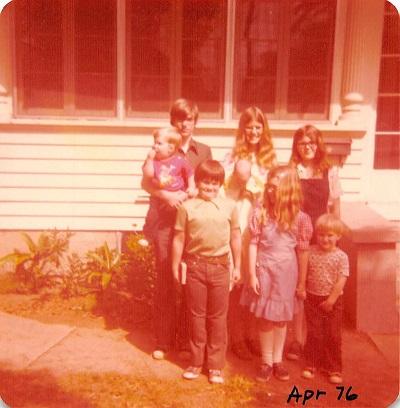 1976_04 Family