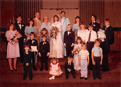 1983_01-beckys-wedding-bates-cousins