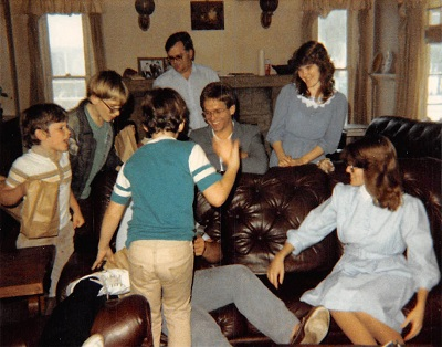 1985_04-easter-at-hatch-house