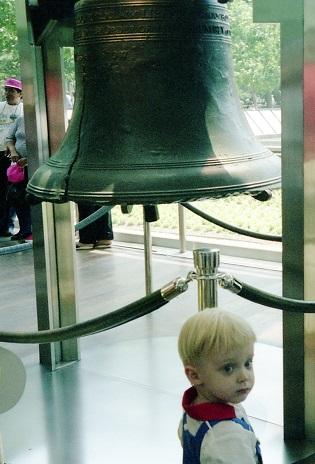 1990_07-5-liberty-bell