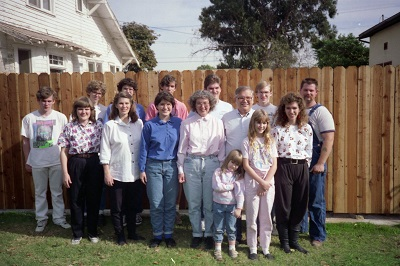 1992_12-4-hatch-family