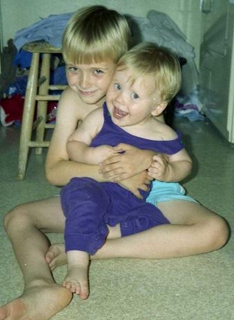 1995_07 8 Hugging