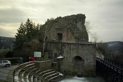 1996_12 1 Burg Falkenstein