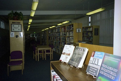 1998_12 11 Library