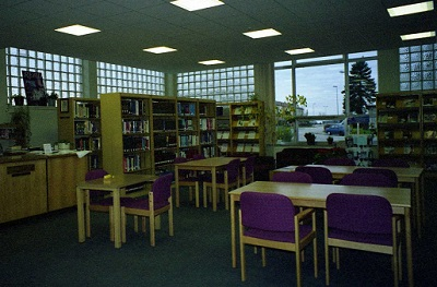 1998_12 7 Sembach Library