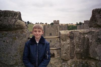 1999_07_17 21 Josh at Bodiam
