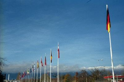 2000_11_25 3 CERN