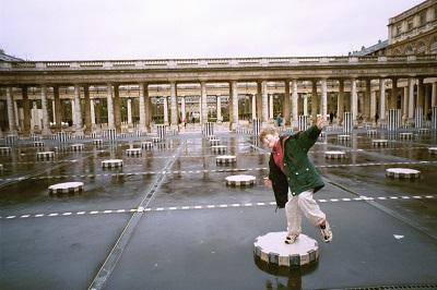 2001_04_09 Palais Royale