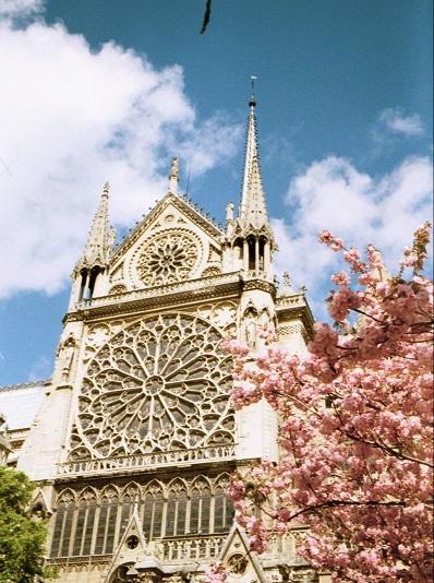 2001_04_10 4 Notre Dame