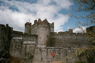 2001_07_19 1 Cahir Castle